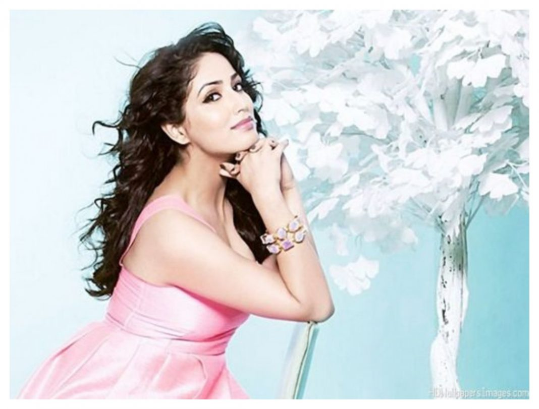 Yami-Gautam-Photoshoot-in-Pink-dress