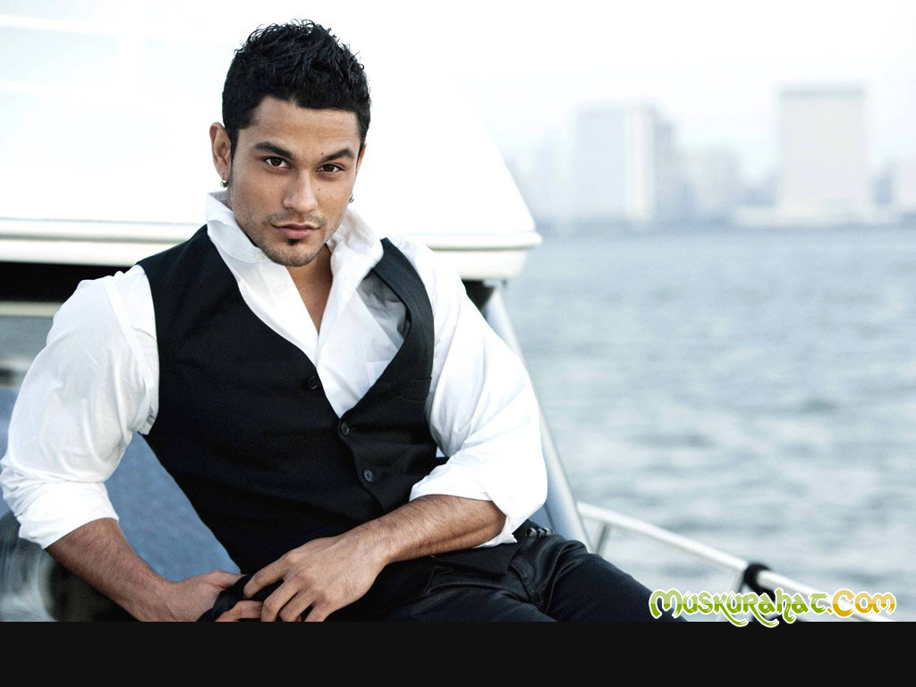 kunal-khemu-mobile-number