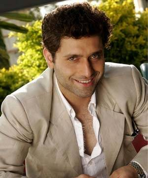 shiney-ahuja-contact-address
