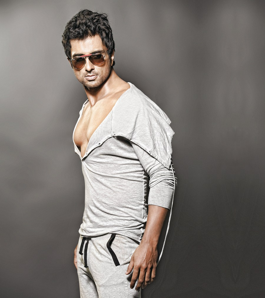 sonu-sood-mobile-number
