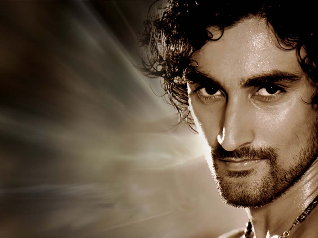 kunal-kapoor-house-address