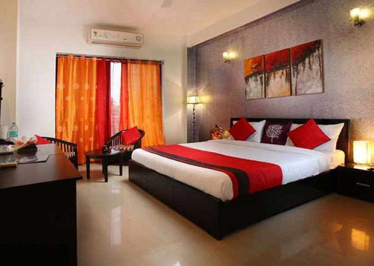 oyo rooms customer care numbers email id website customer care numbers toll free number. Black Bedroom Furniture Sets. Home Design Ideas