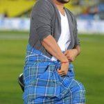 Suresh Raina lungi dance
